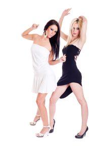 Party-Girls Benjamin-Thorn Pixelio De -200x300 in Im Zeitalter der Gegenaufklärung