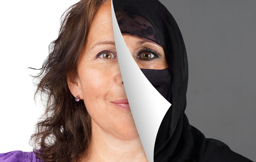 Burka, Kopftuch und Schleier sind Symbole des Islam. Deutet sie der Westen richtig oder falsch? Foto: Sylvie Bouchard/Fotolia